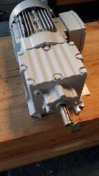 Motoredutor trifásico 0.5cv Redução 1/13.