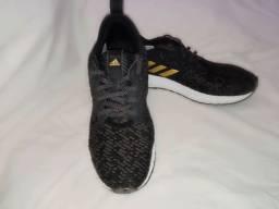 Tênis adidas skyfreeze 2 semi-novo