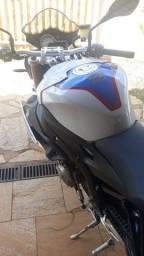 VENDO MOTO BMW S 1000 R