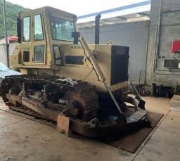Trator de esteira New Holland D170