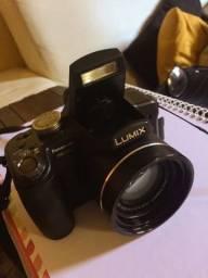 Câmera Panasonic Lumix, DMC-FZ18