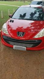 Carro Peugeot 4 portas
