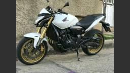 Compro hornet - 2012