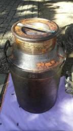 Tarro antigo 50 litros