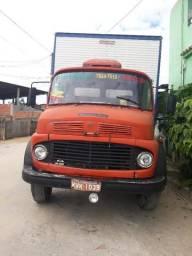 1113 Truck Baú Turbinado