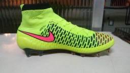 Chuteira Nike mercurial, tiempo, hiperveno, botinha