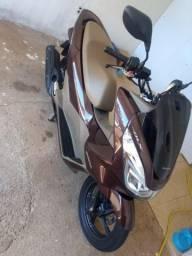 Vendo Moto Honda PCX 2018, Modelo DLX Marrom - 2018