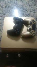 PlayStation 4 gold 1tb