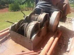 Maquina bate estacas pre-moldadas marca HM (betim MG)