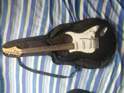 Guitarra- Excelente esta de conservação