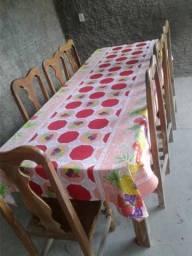 Mesa madeira maciça com 08 cadeiras