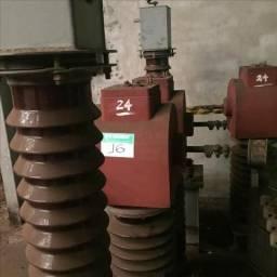 03 Transformadores de corrente m/balteau tipo SBO-59, 60 Hz, 350 kV. - #2644