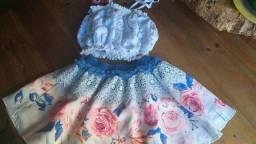 Linda roupa infantil de grife