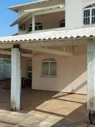Excelente casa no centro Itaguaí