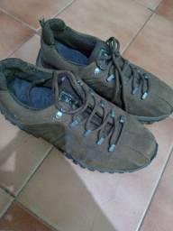 Tênis boot
