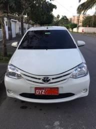 Taxi Recife toyota etios