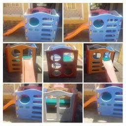 Brinquedo Playground com escorregador