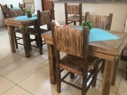 Vendo conjunto de mesas e cadeiras rústicas