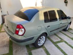 Vendo ou troco Renaut Clio sedan expression 1.6 flex