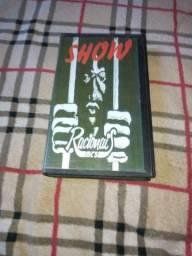 Fita VHS gravação do show dos RACIONAIS MCS