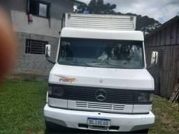 Caminhão 710 1998