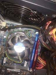 Vendo computador com xeon e 12 GB de ram rypex