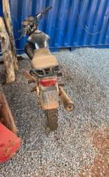 Moto Honda cg 125 pra roça