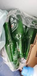 Cascos de Heineken e Brahma