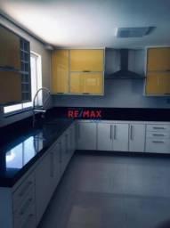 Casa de 4 quartos para venda, 370m2