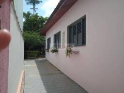 Casa de 4 quartos para locação, 340m2