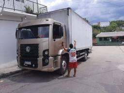 CAMINHÃO BAÚ FRETES TRANSMIX