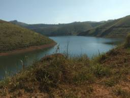 RF - terrenos com vista para represa.