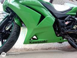 Kawasaki ninja 250R.