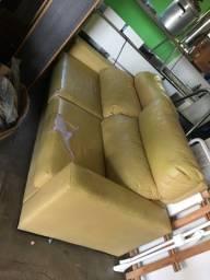Sofá reclinável em couro