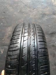 Vendo dois pneus 185/65/15