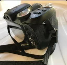 Câmera digital Fujifilm Fine Pix S2950