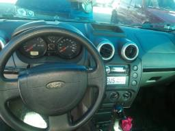 Ford fiesta sedan 1.0 ano:2008