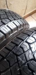 Vendo dois pneus 205,60,15