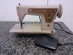 Máquina de costura SINGER 660 costura reta