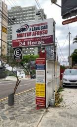 Estacionamento e Lava Car