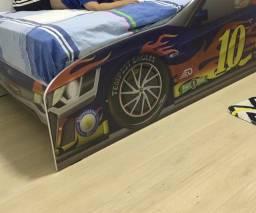 Vendo cama de carro, tam solteiro