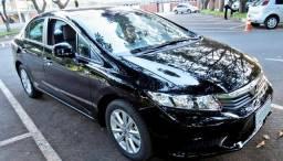 Honda Civic LXL 1.8 Flex Automático + Couro + Multimídia + Pneus Novos