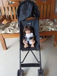 Carrinho de bebê guarda chuva