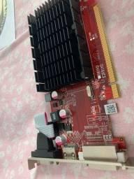 Placa de Vídeo AMD Radeon R5 230
