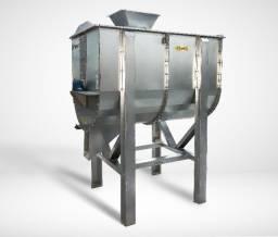 Misturador de Ração Horizontal - 500 kg