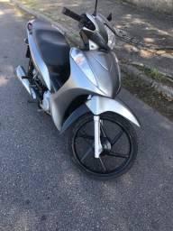 Vendo ou Troco essa linda Honda Biz 125 Flex Completa