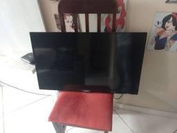 """TV 32"""" polegadas Philips smart tv *COM DEFEITO*"""