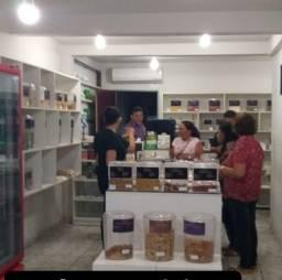 Vendo mobiliários e equipamentos de loja de Produtos Naturais