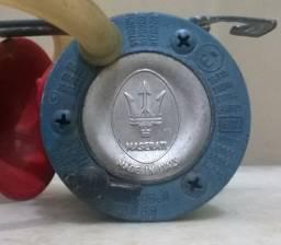 Buzina compressor antiga a óleo Maserati