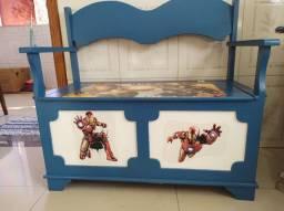 Caixa/ banco para guardar brinquedos